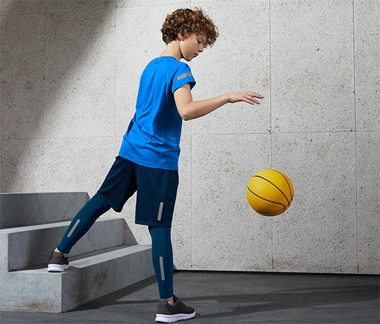 Dětské sportovní legíny s recyklovaným materiálem