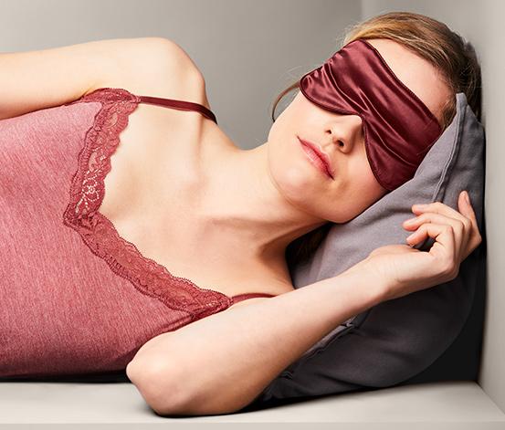 Hedvábná maska na spaní