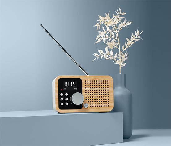 Kompaktní FM rádio Bambus