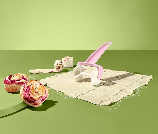 Váleček na těsto na dezert ve tvaru růžiček