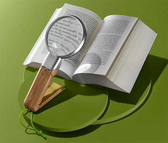 Lupa na čtení s LED