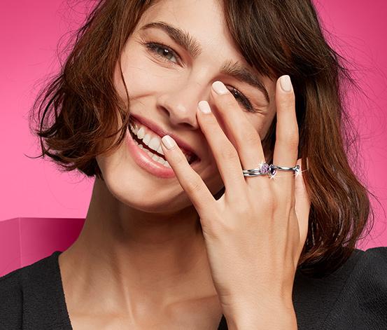 Sada prstenů zdobených kamínky Swarovski®