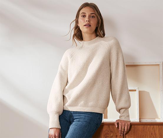 Pletený svetr, krémový s melírem