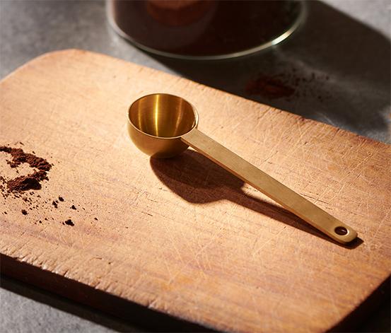 Odměrka na kávu, zlatá